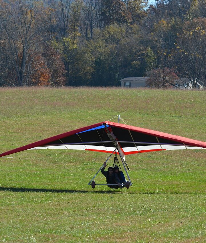 Hang gliding age limit - How old do you have to be?
