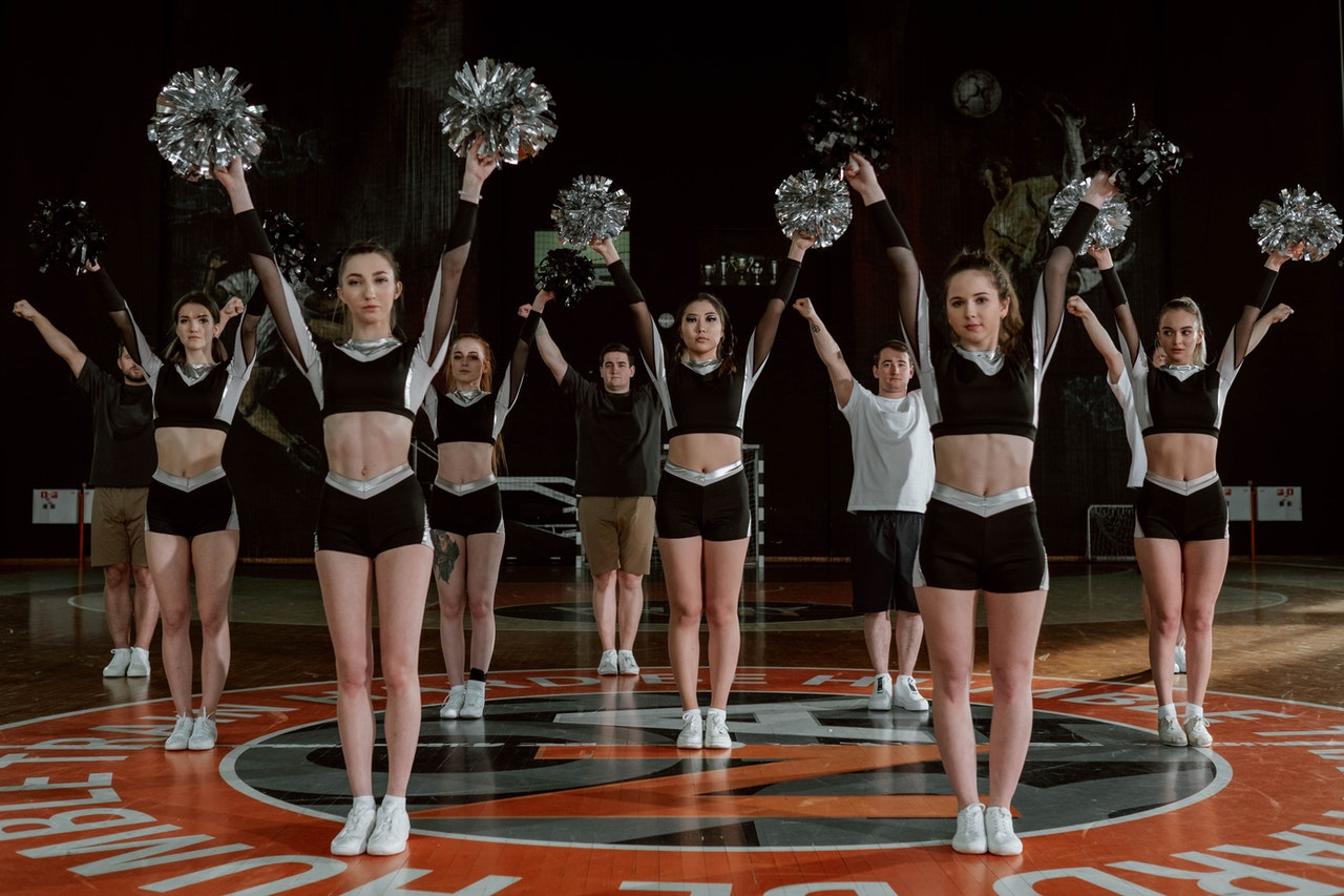 Does cheerleading make you shorter - Facts and Myths