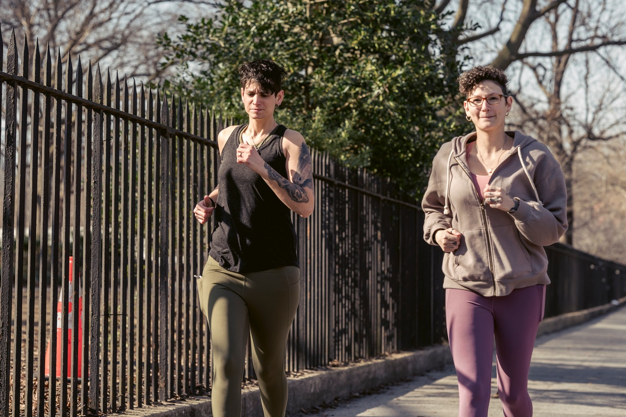 Are jogger pants good for running?